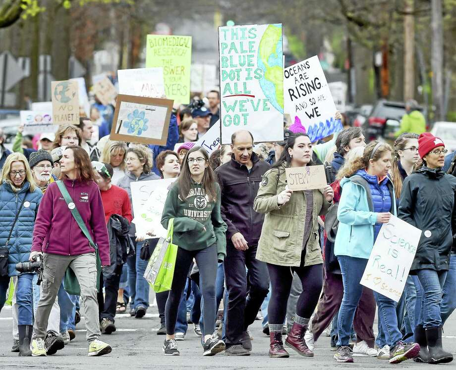 Participants near the end of the March for Science in New Haven on April 22, 2017. Photo: Arnold Gold — New Haven Register