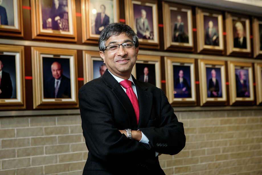 Ramanan Krishnamoorti is chief energy officer and a professor of chemical and biomolecular engineering at the University of Houston. (University of Houston)