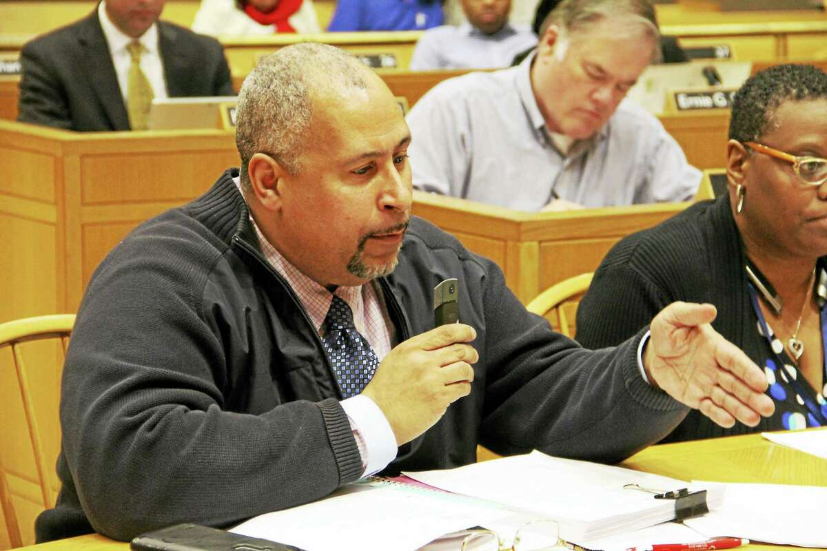 New Haven Youth Service Director Jason Bartlett talks about his department during Wednesday's budget workshop at City Hall.