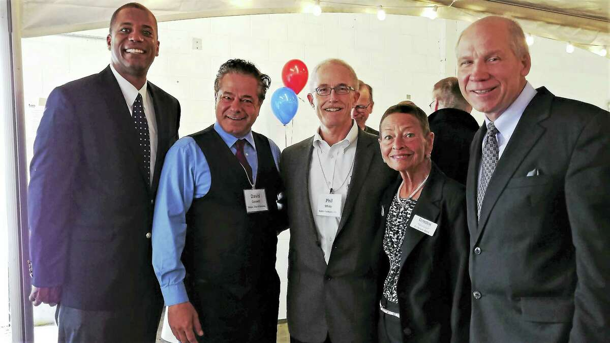 From left, state Sen. George Logan, R-17, Ansonia Mayor David Cassetti, Better Packages CEO Phil White, Lindy Lee Gold of the state Department of Economic and Community Development and Greater Valley Chamber of Commerce President Bill Purcell.