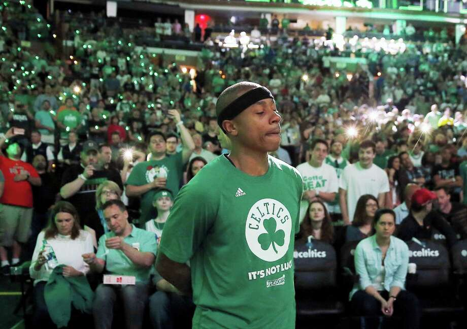 Celtics guard Isaiah Thomas to play in Game 2 of their playoff series against the Bulls. Photo: Michael Dwyer — The Associated Press   / Copyright 2017 The Associated Press. All rights reserved.