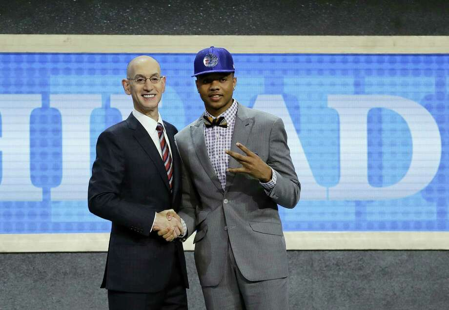 Washington's Markelle Fultz, right, poses with NBA Commissioner Adam Silver. Photo: Frank Franklin II — The Associated Press   / Copyright 2017 The Associated Press. All rights reserved.