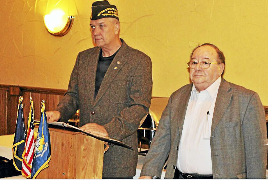 VFW District 2 Commander Stanley Borusiewicz, left, with VFW Post 12084 Commander Al Yagovane at recent induction ceremony. Photo: Jean Falbo-Sosnovich — For New Haven Register