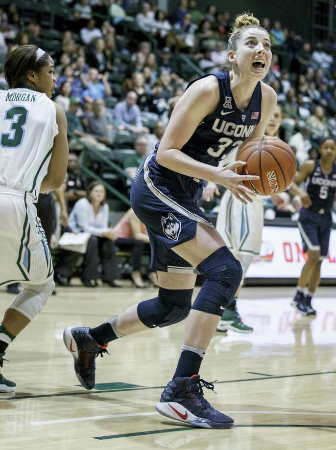 UConn guard/forward Katie Lou Samuelson (33) goes to the basket during the first half of the Huskies' win over Tulane Saturday. Photo: SOPHIA GERMER — THE ASSOCIATED PRESS   / Sophia Germer