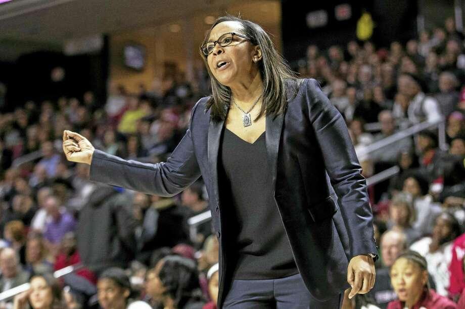 Temple head coach Tonya Cardoza. Photo: The Associated Press File Photo   / FR170982 AP