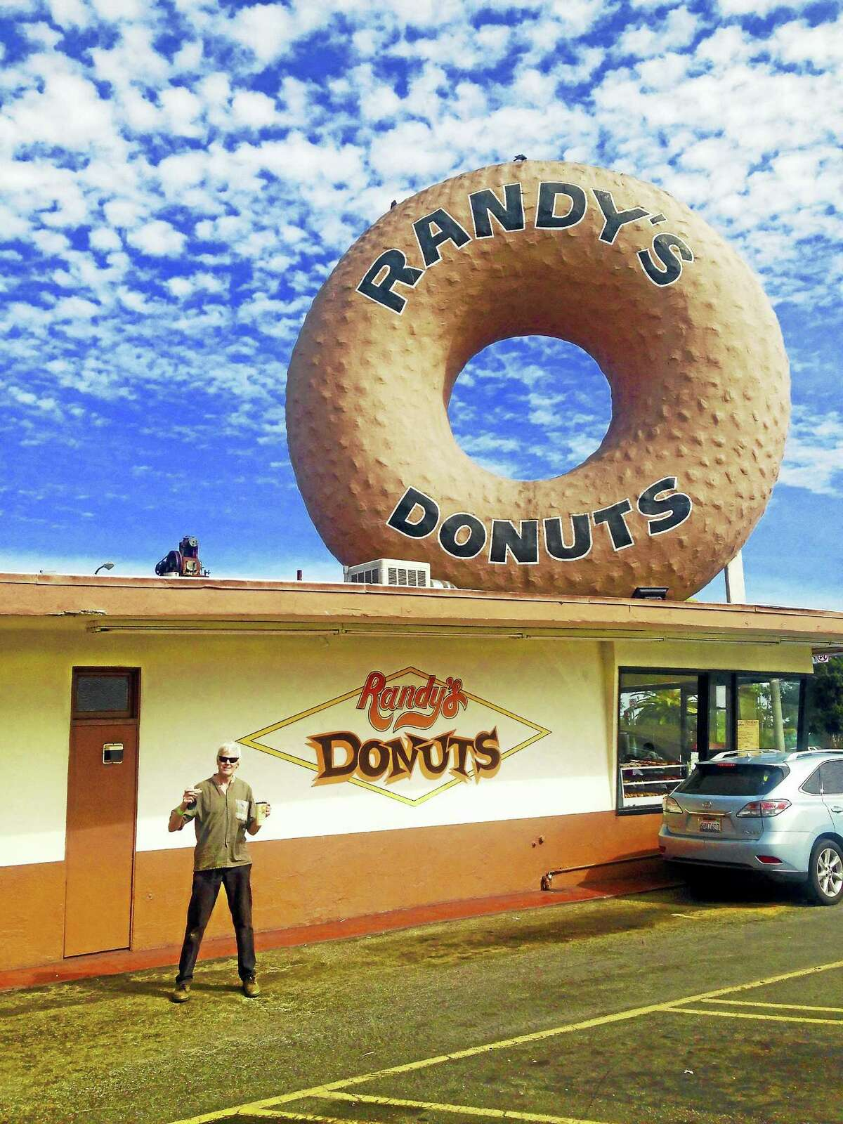Columnist Randall (Randy) Beach journeyed 3,000 miles to sample his namesake's famed donuts in Inglewood, California. He was not disappointed. (He also visited his two daughters in L.A.)