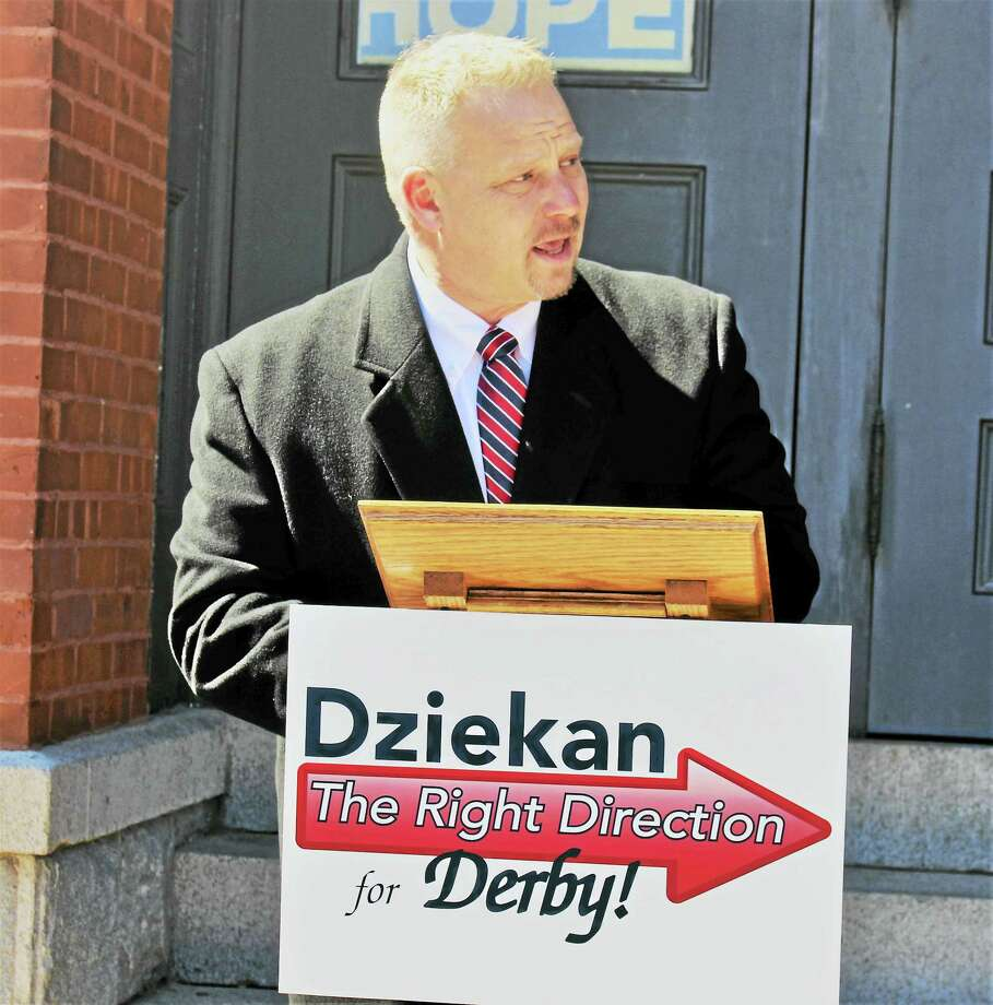 Republican Richard Dziekan announces Wednesday he will run for mayor of Derby. Photo: Jean Falbo-Sosnovich — New Haven Register