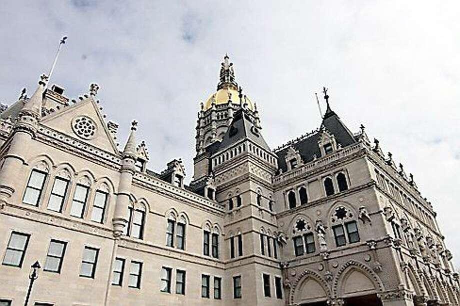 Christine Stewart/ctnewsjunkie.com  The Capitol Building in Hartford. Photo: Journal Register Co.