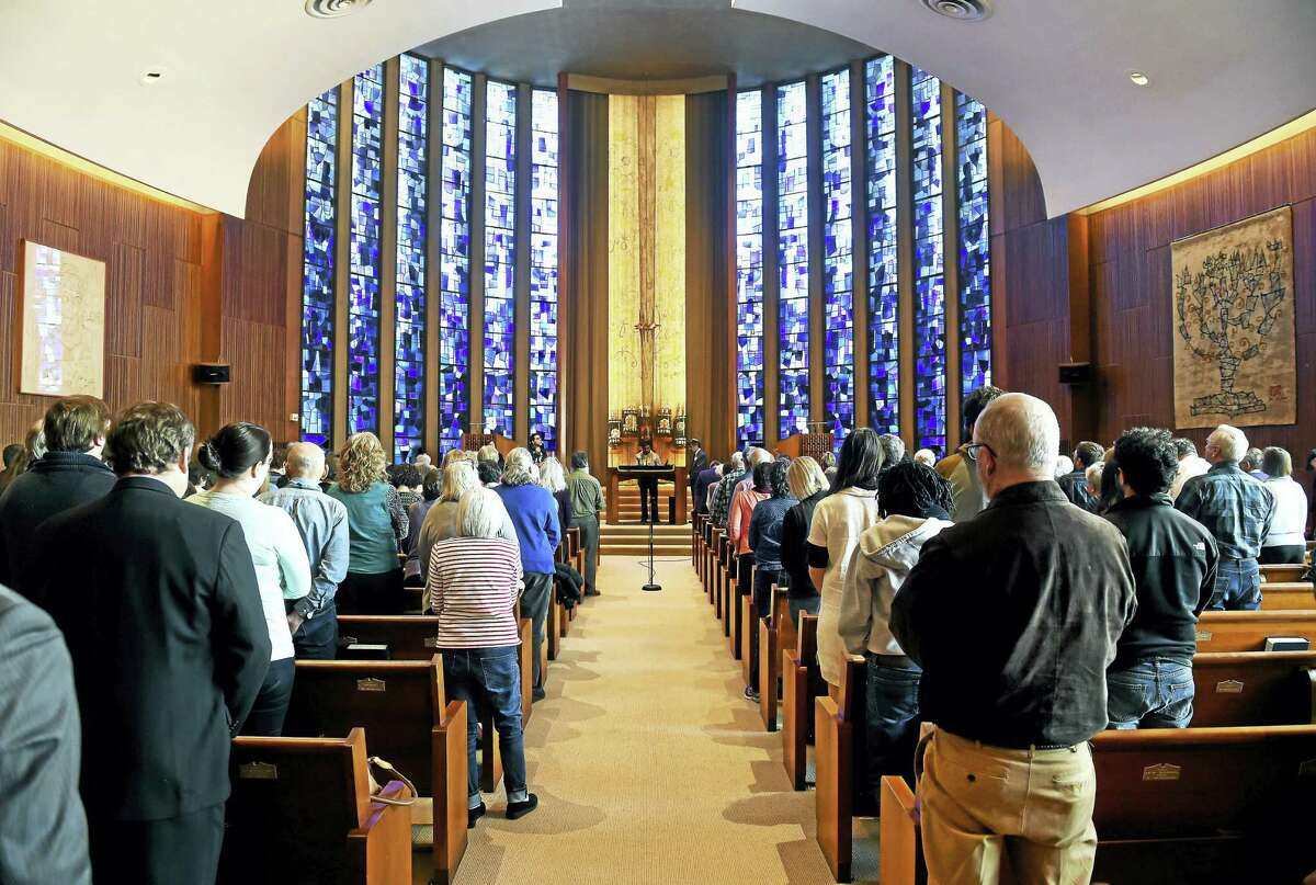 Arnold Gold — New Haven Register Over 300 people from around 50 houses of worship attend at a meeting about Sanctuary Congregations and preparation for ICE raids at Congregation Mishkan Israel in Hamden on Sunday.