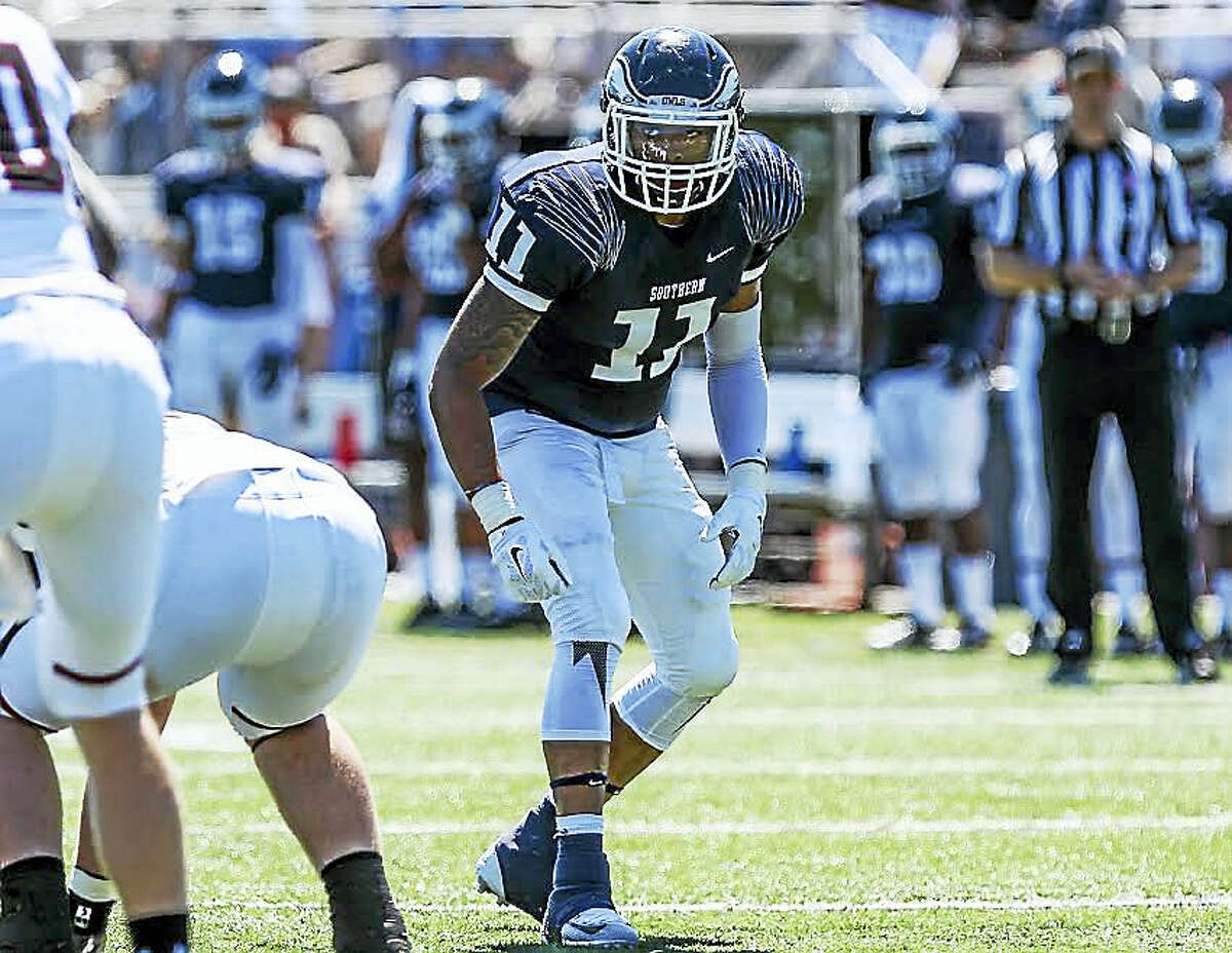 Kayjuan Bynum, a standout linebacker at Southern the past four seasons, is now helping the Owls' hoops team.