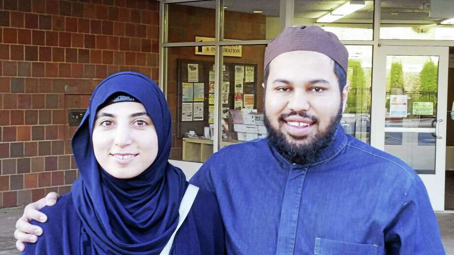PAM MCLOUGHLIN — NEW HAVEN REGISTER  Vjosa Qerimi and her husband, Imam Sami Abdul Aziz Photo: Digital First Media