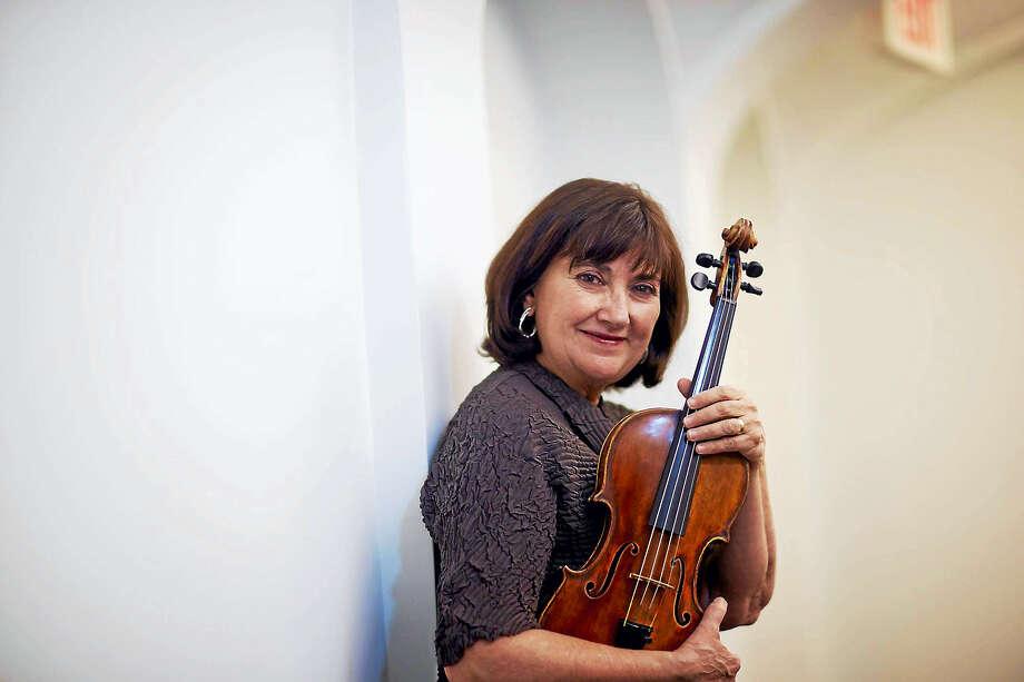 Concert celebrates violinist Ani Kavafian as she exits New