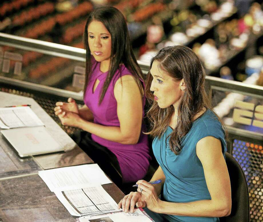 Rebecca Lobo, right, grew up 15 minutes from the Basketball Hall of Fame. Now she'll be enshrined there. Photo: The Associated Press File Photo   / Copyright 2016 The Associated Press. All rights reserved. This material may not be published, broadcast, rewritten or redistribu
