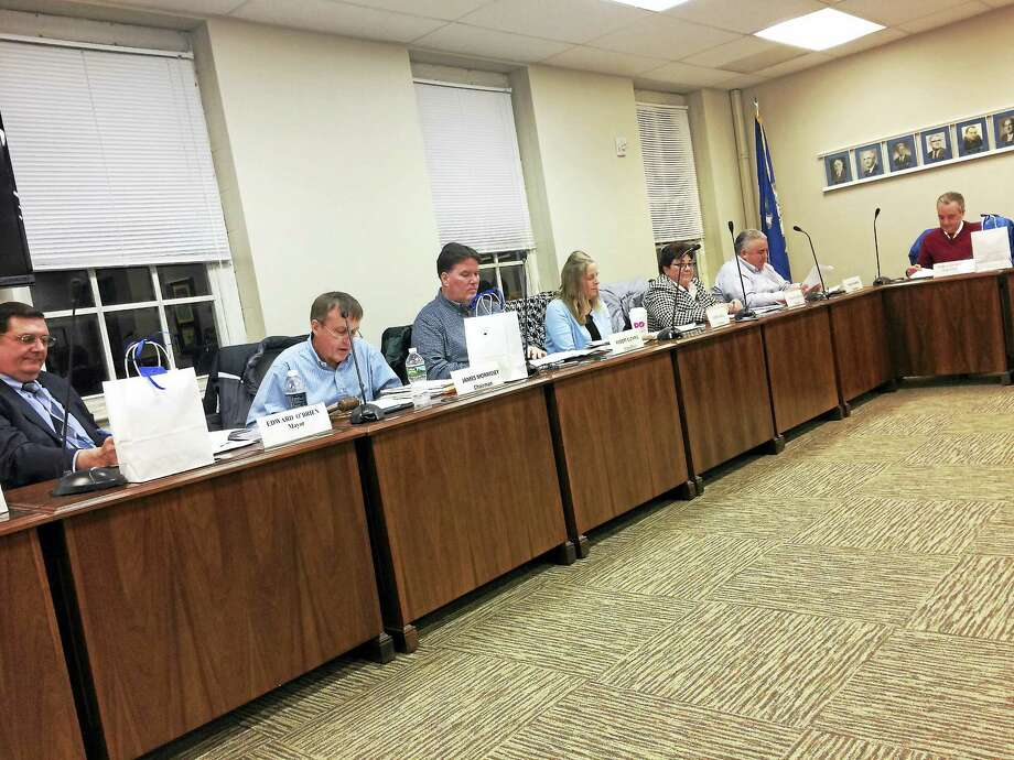 The West Haven Board of Education meets Monday night. Photo: MARK ZARETSKY — NEW HAVEN REGISTER
