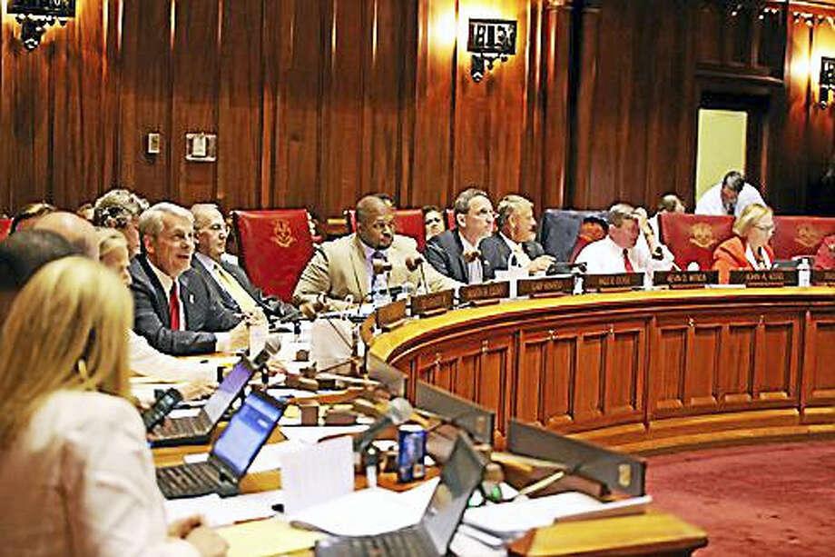 State Senate circle Photo: Christine Stuart — Ctnewsjunkie