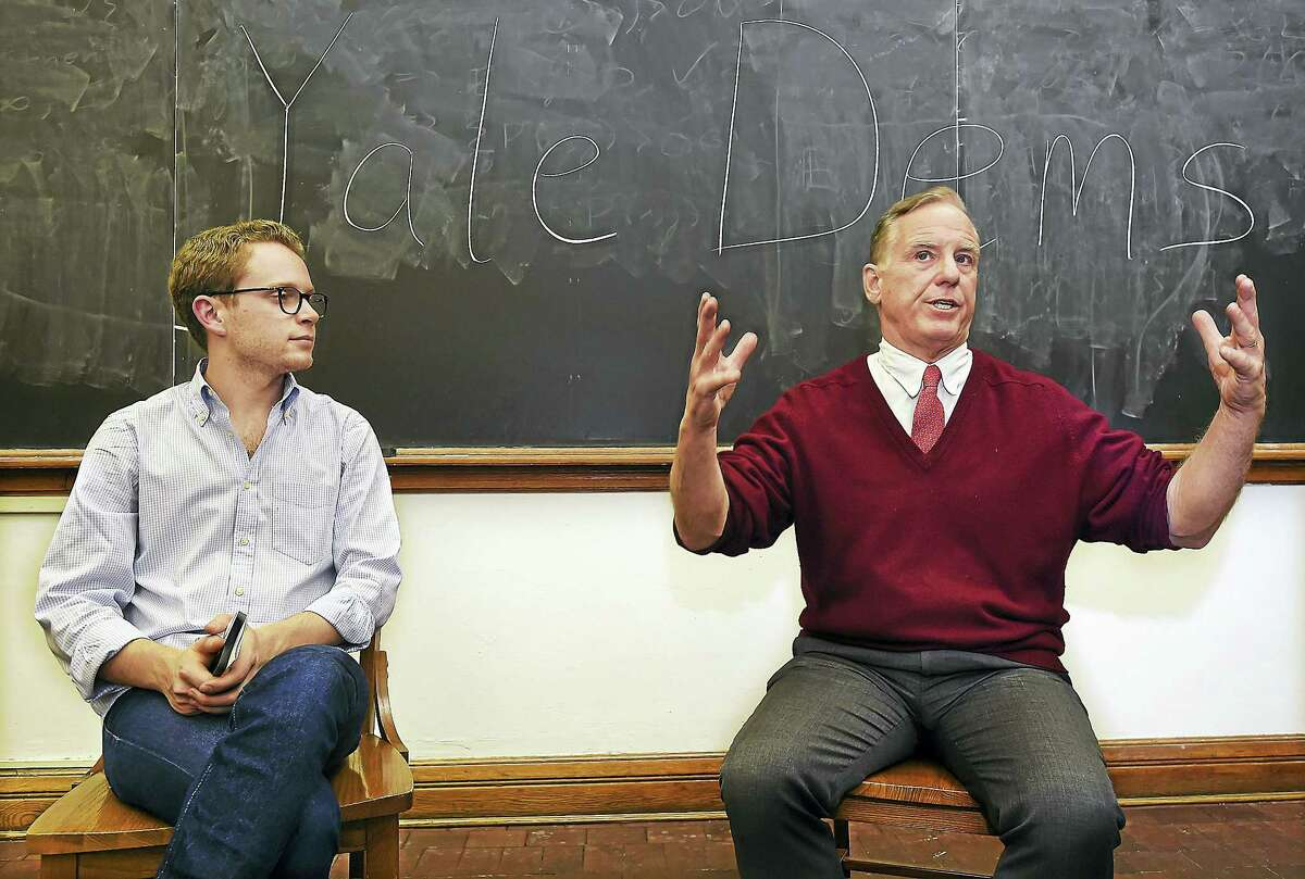 Yale junior Josh Hochman, left, president of the Yale College Democrats, interviews former Vermont Gov. Howard Dean Wednesday during a meeting with the Yale College Democrats at Yale University's William L. Harnkess Hall in New Haven.