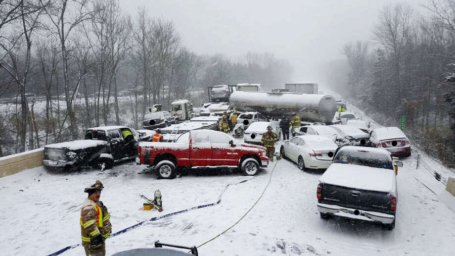 The scene of a crash involving as many as 20 vehicles on Interstate 91 in Middletown on Saturday. Photo: Connecticut State Police / Connecticut State Police