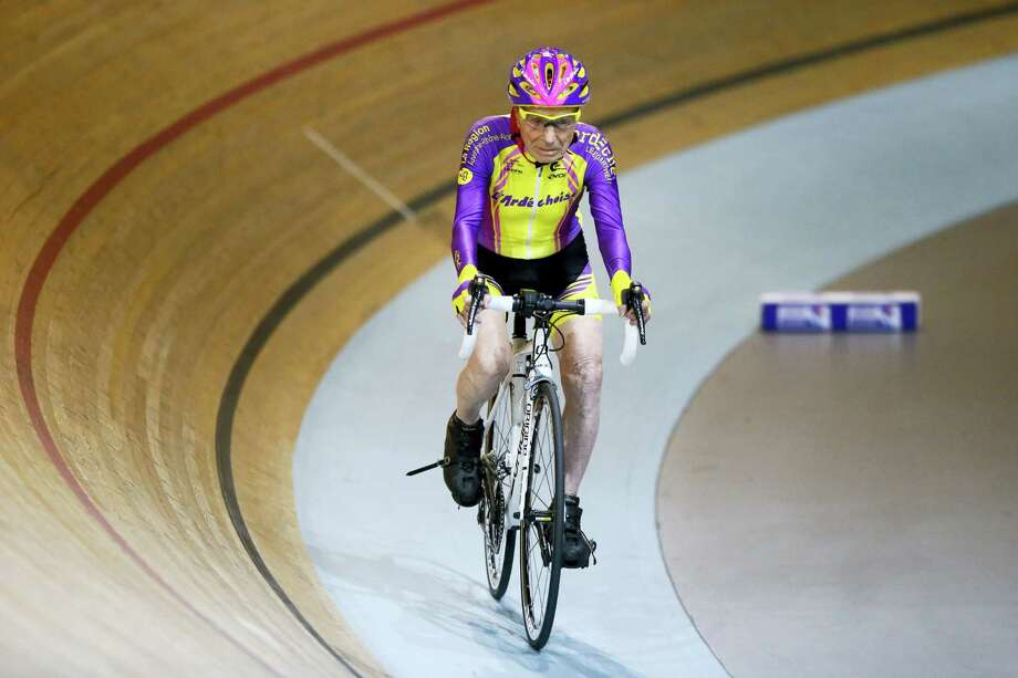 French cyclist Robert Marchand, 105, cycles to set a record for distance cycled in one hour, at the velodrome of Saint-Quentin en Yvelines, outside Paris, Wednesday, Jan. 4, 2017. The Frenchman set a world record in the 105-plus age category — created especially for the tireless veteran — by riding 22.547 kilometers in one hour. Photo: AP Photo/Francois Mori    / AP