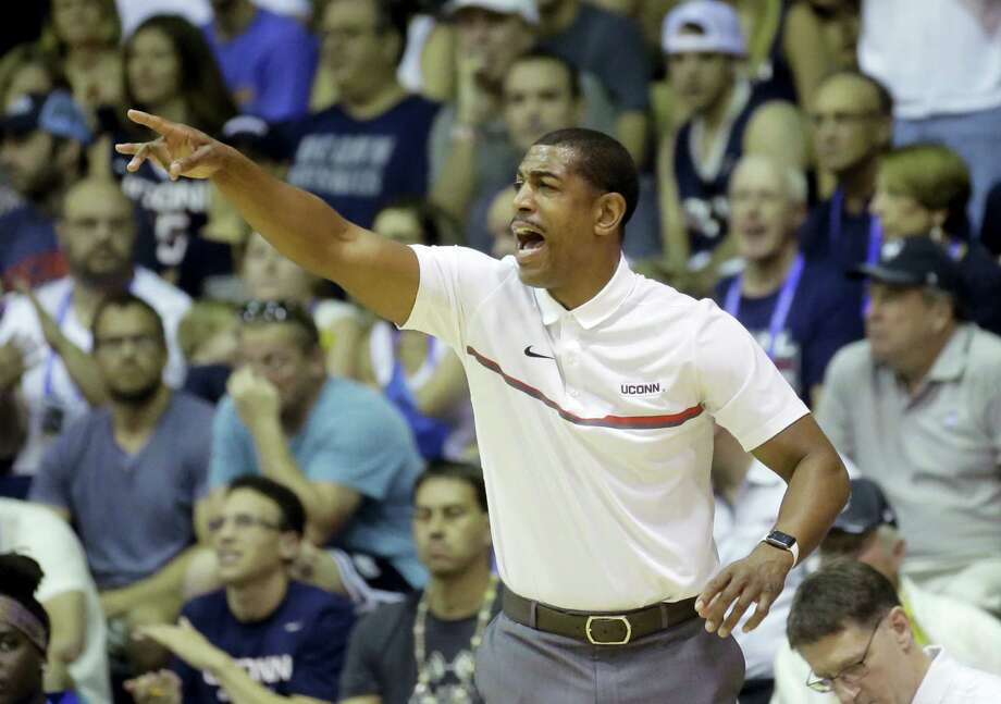 Connecticut head coach Kevin Ollie shouts to his team in the first half during an NCAA college basketball game against Oregon in the Maui Invitational Wednesday, Nov. 23, 2016, in Lahaina, Hawaii. (AP Photo/Rick Bowmer) Photo: AP / Copyright 2016 The Associated Press. All rights reserved.
