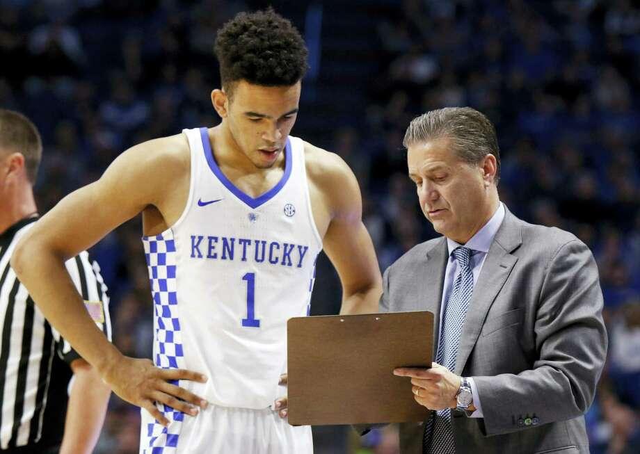 Kentucky's Sacha Killeya-Jones receives instruction from head coach John Calipari during a recent game. Photo: The Associated Press File Photo   / FR6426 AP