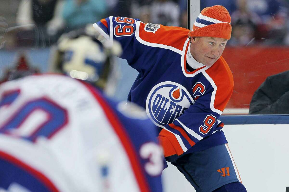 """Wayne Gretzky will appear on an episode of """"The Simpsons"""" set to air Dec. 11."""
