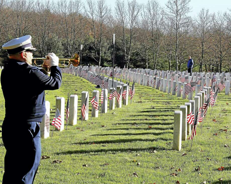 The annual wreath laying ceremony at the State Veterans Cemetery in Middletown drew dozens of veterans, state and local officials. Photo: Kathleen Schassler — The Middletown Press   / Kathleen Schassler All Rights