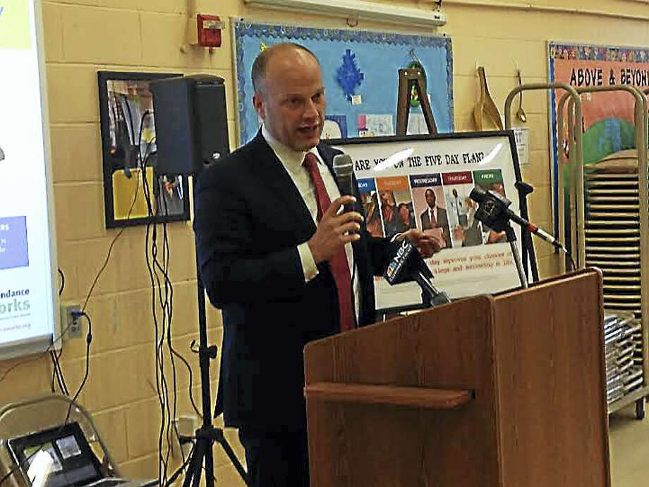 Superintendent of School Garth Harries speaks about a decrease in chronically absent students at Quinnipiac Magnet School. Photo: Brian Zahn — New Haven Register/File