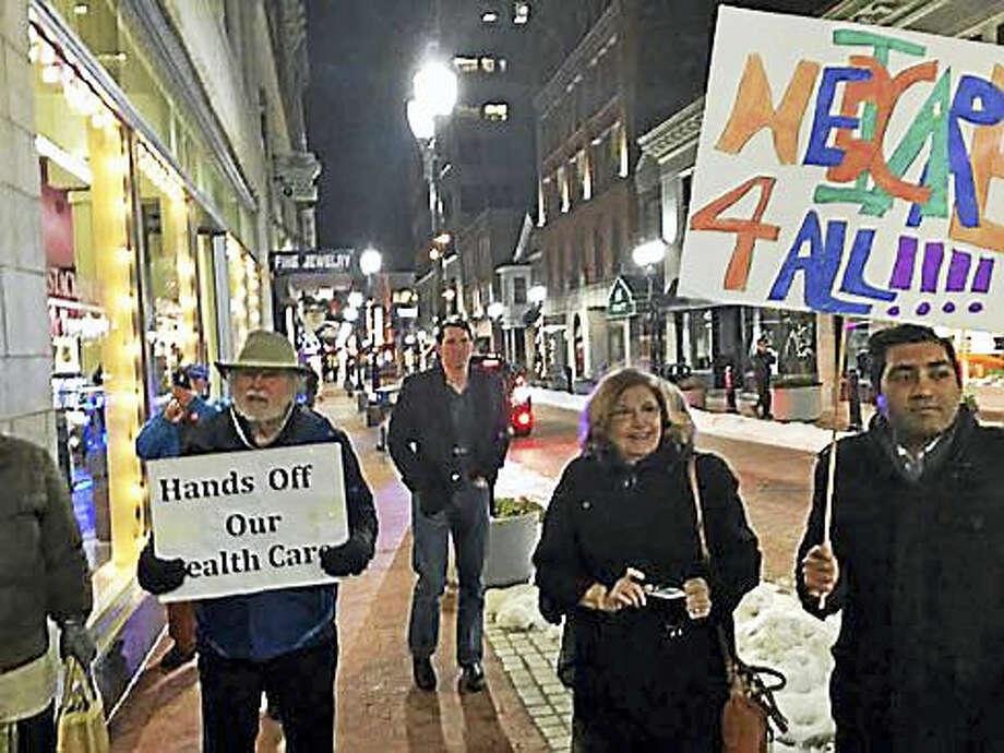 Rally outside Republican headquarters on Pratt Street in Hartford Photo: Jack Kramer Photo