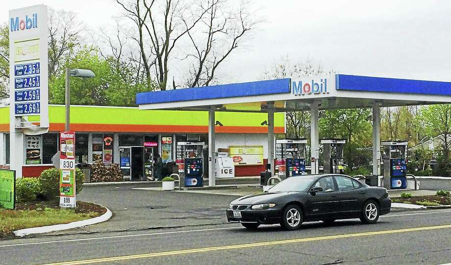 North Haven police have arrested a New Haven man who they say acted as a getaway driver during a May 4 burglary at  the Mobil gas station, 88 Quinnipiac Ave. Photo: Wes Duplantier — The New Haven Register