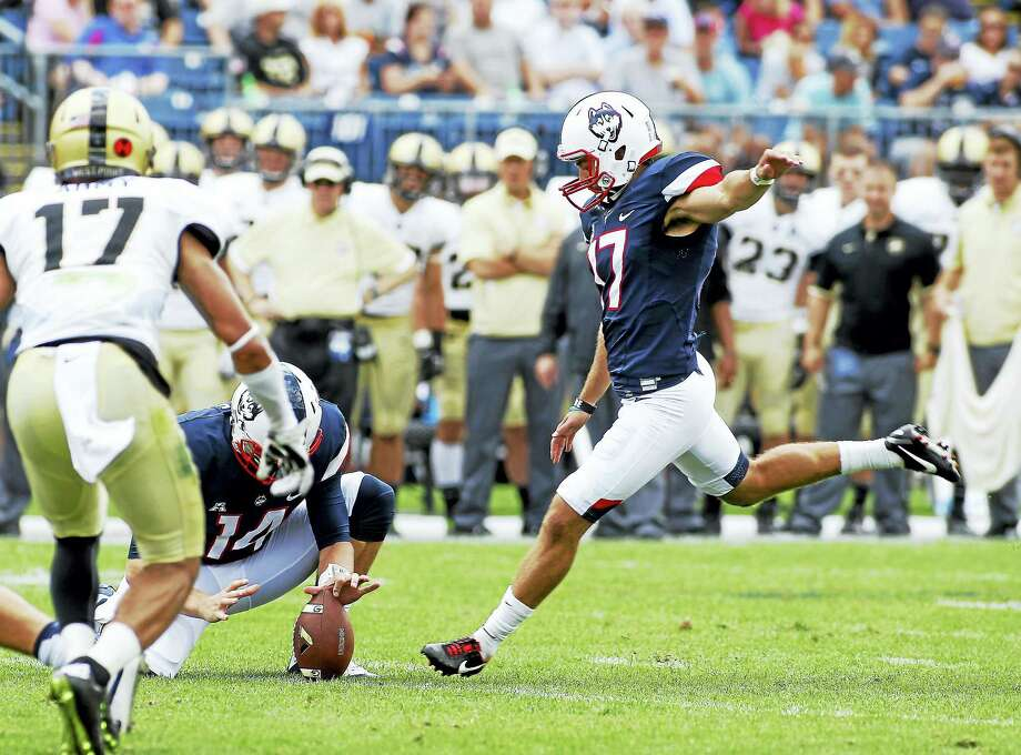 UConn placekicker Bobby Puyol. Photo: The Associated Press File Photo   / FR56276 AP