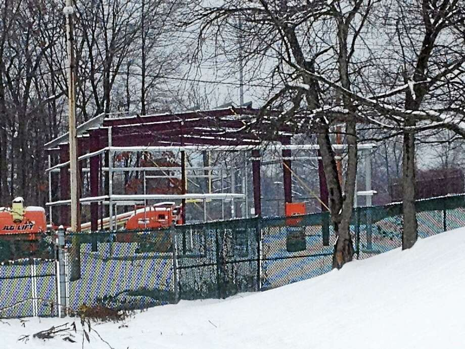 A pre-fabricated building will serve as West Haven Park Department's maintenance headquarters. Photo: Mark Zaretsky - New Haven Register