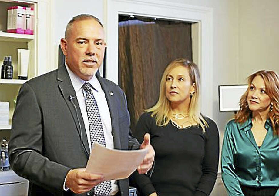 Majority Leader Joe Aresimowicz with Liz Linehan and Dana Bartone Photo: Christine Stuart Photo