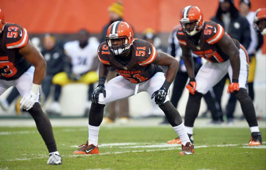 Linebacker Barkevious Mingo (51) was traded from the Browns to the Patriots on Thursday. Photo: The Associated Press File Photo   / FR25496 AP