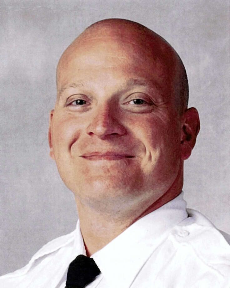 This June 22, 2015, photo provided by the Columbus, Ohio, Division of Police shows the division's official portrait of Columbus, Ohio, police Officer Bryan Mason. Officer Mason, who authorities say fatally shot 13-year-old Tyre King on Wednesday, Sept. 14, 2016, received high marks in performance evaluations and has been involved in other on-the-job shootings, according to his personnel file obtained by The Associated Press through a public records request. Photo: Columbus Division Of Police Via AP    / Columbus Division of Police
