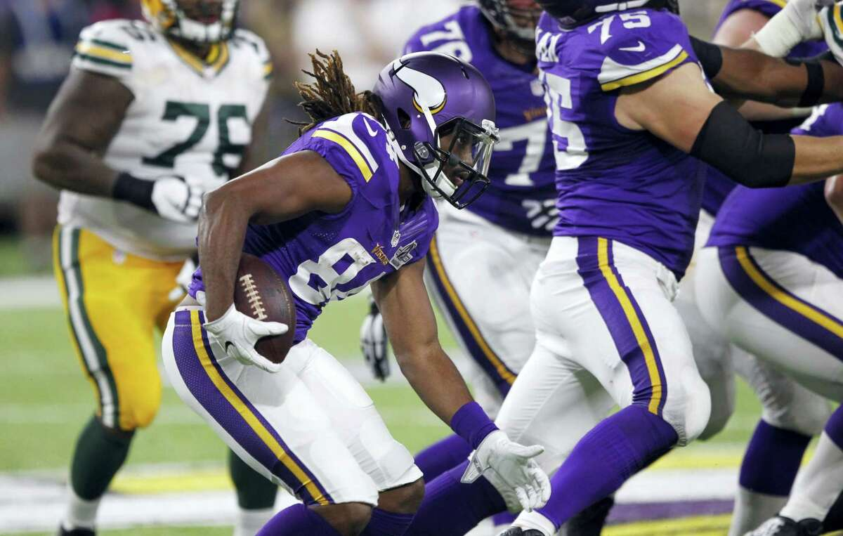 Minnesota Vikings wide receiver Cordarrelle Patterson (84) returns a kick during the second half of an NFL football game against the Green Bay Packers on Sept. 18, 2016 in Minneapolis.