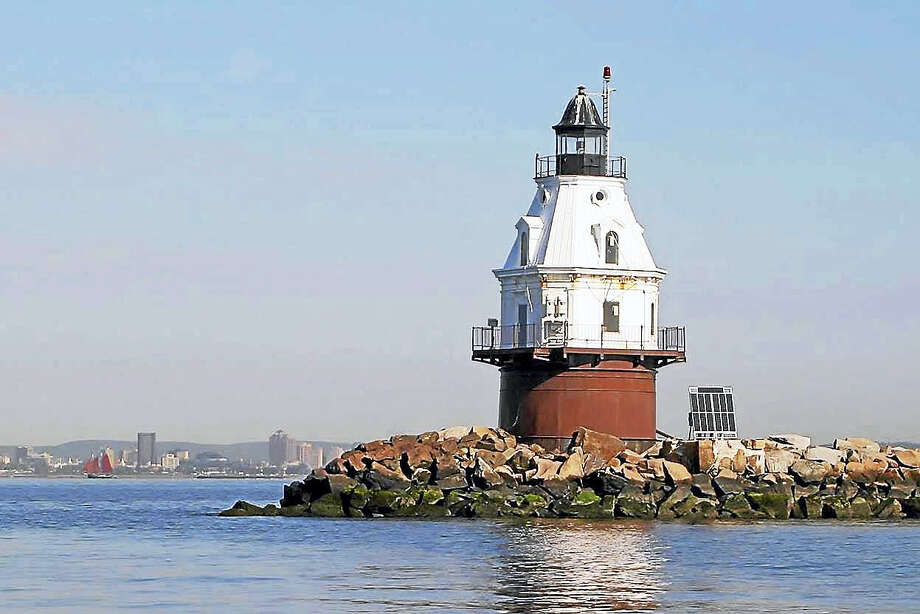 Southwest lighthouse in New Haven Harbor. Photo: U.S. General Services Administration