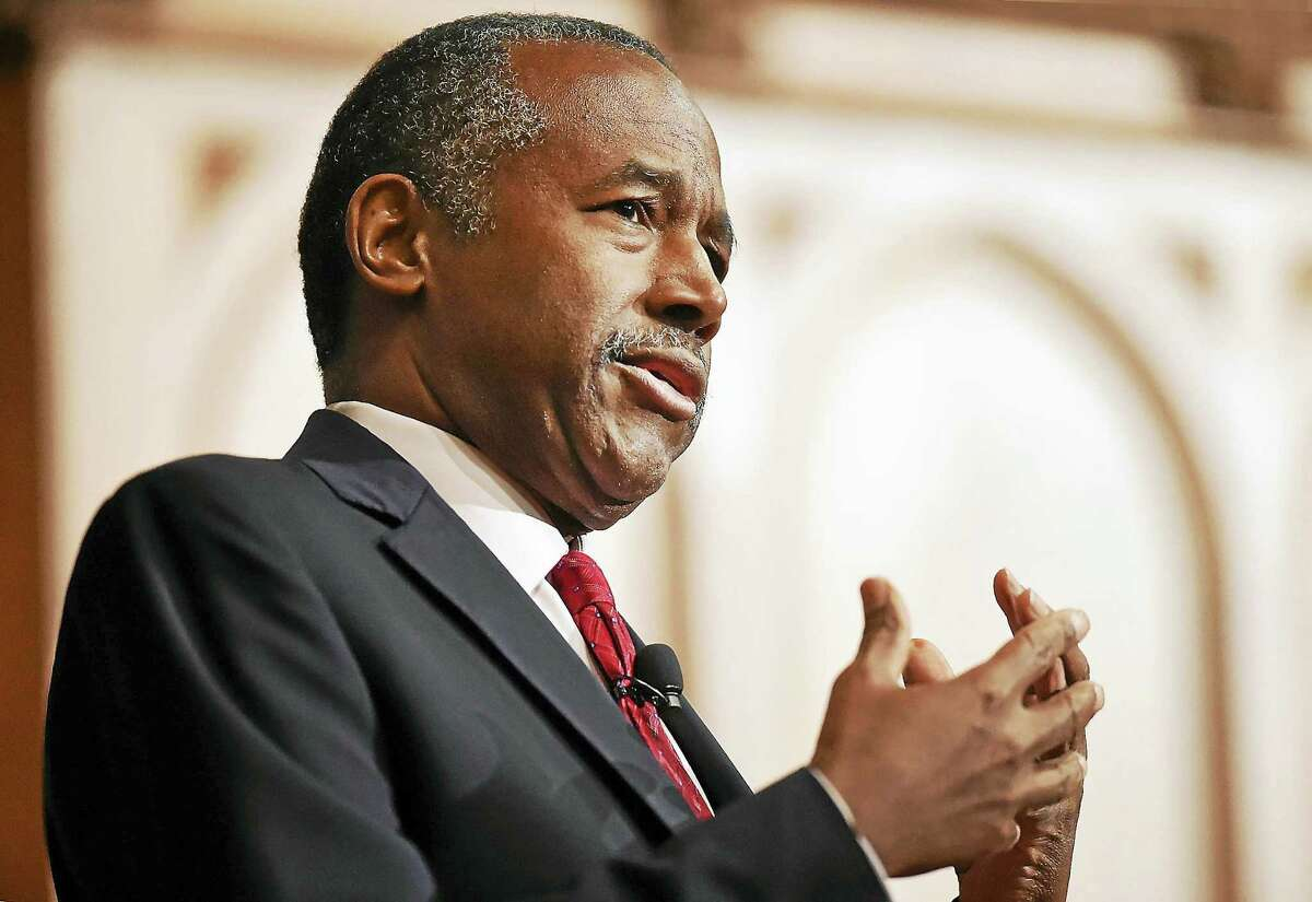 Dr. Ben Carson, a Yale alumnus, speaks at Sheffield-Sterling-Strathcona Hall at Yale University in New Haven Thursday.