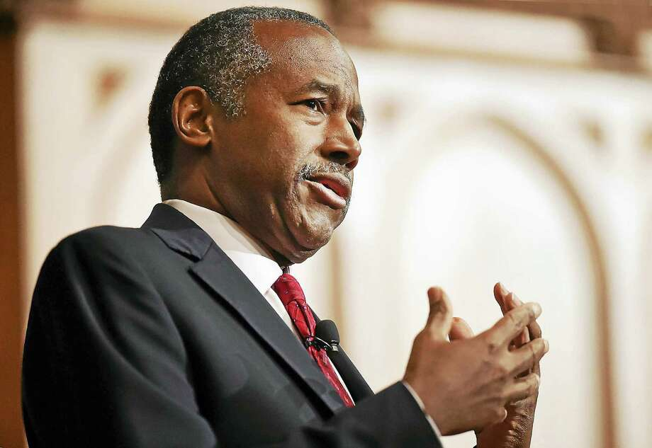Dr. Ben Carson, a Yale alumnus, speaks at Sheffield-Sterling-Strathcona Hall at Yale University in New Haven Thursday. Photo: Catherine Avalone — New Haven Register   / New Haven RegisterThe Middletown Press