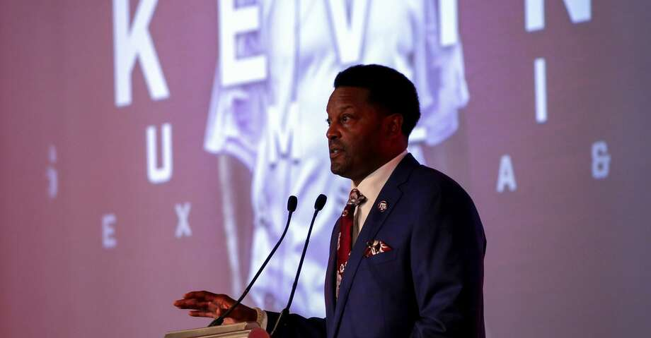 Kevin Sumlin talked about the Aggies' upcoming season with 400 fans on Sunday night at the annual Houston A&M Club Coach's Night in the NRG Center. Photo: Butch Dill/Associated Press
