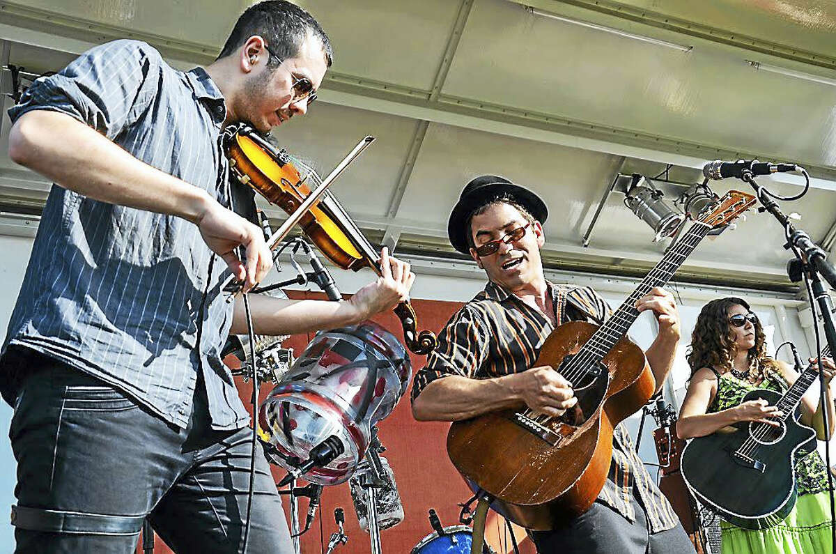 Caravan of Thieves, part of the musical entertainment at 2015's event.