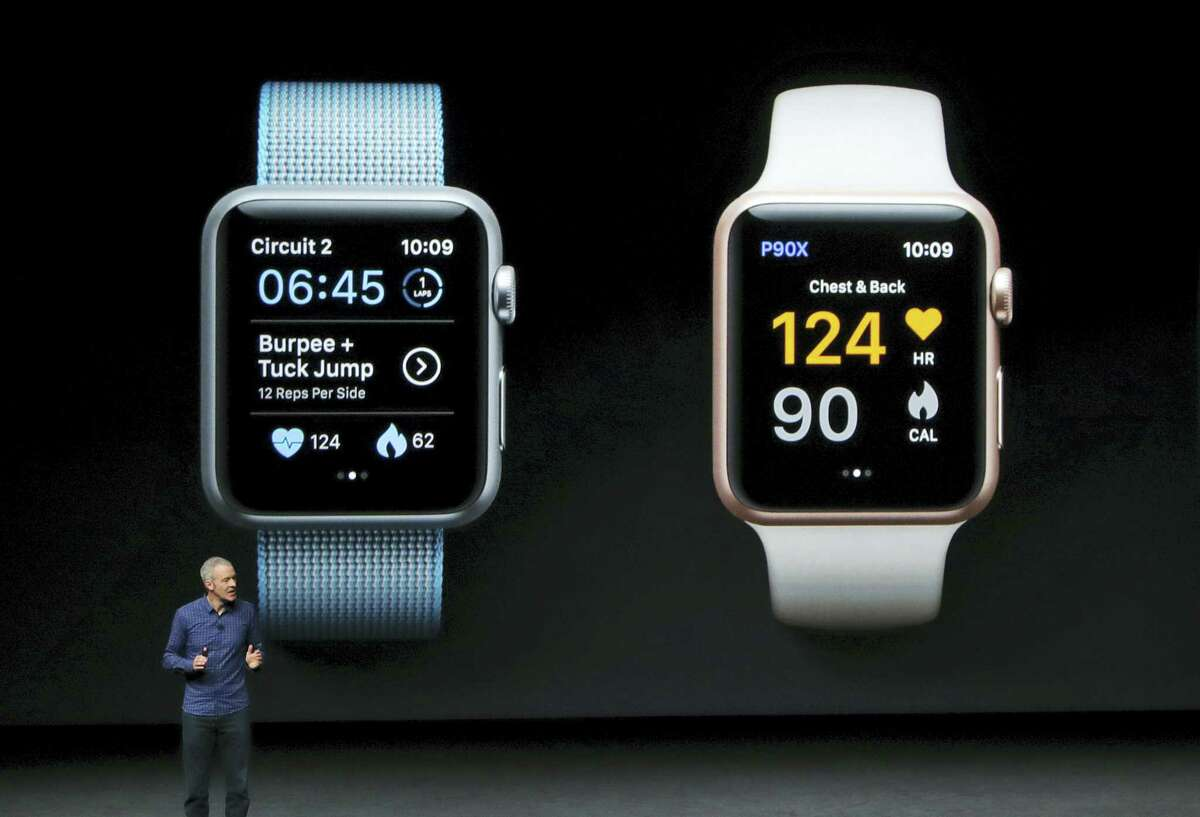 Jeff Williams, Apple's chief operating officer, speaks during an event to announce new products on Wednesday, Sept. 7, 2016 in San Francisco.