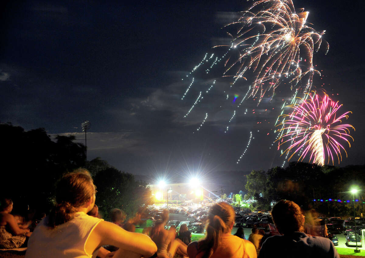 Red Lion hosted its Fourth of July fireworks show around Horn Field and the high school on Tuesday, July 3, 2012. DAILY RECORD/SUNDAY NEWS - CHRIS DUNN