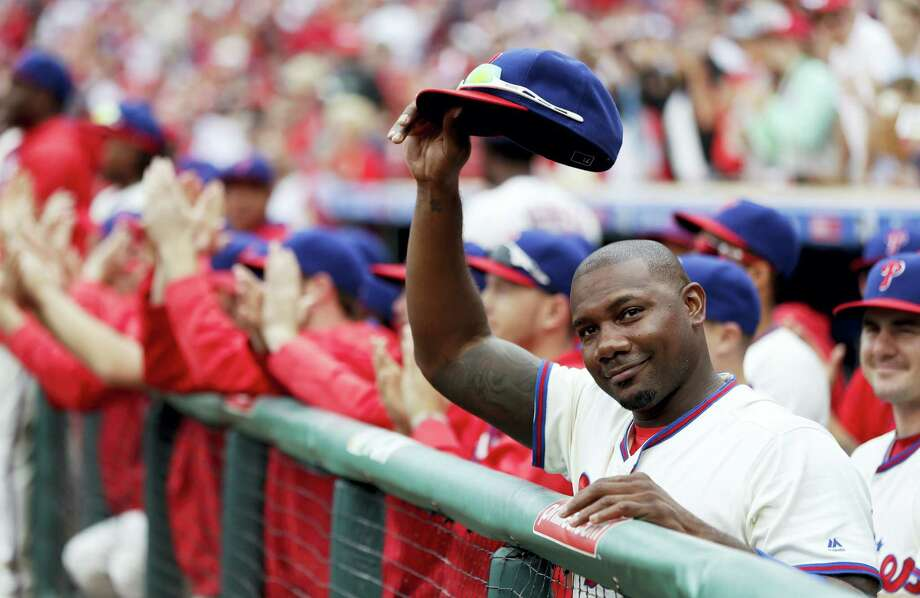 The Phillies' Ryan Howard acknowledges the crowd before Sunday's game against the Mets. Photo: Matt Slocum — The Associated Press   / Copyright 2016 The Associated Press. All rights reserved.