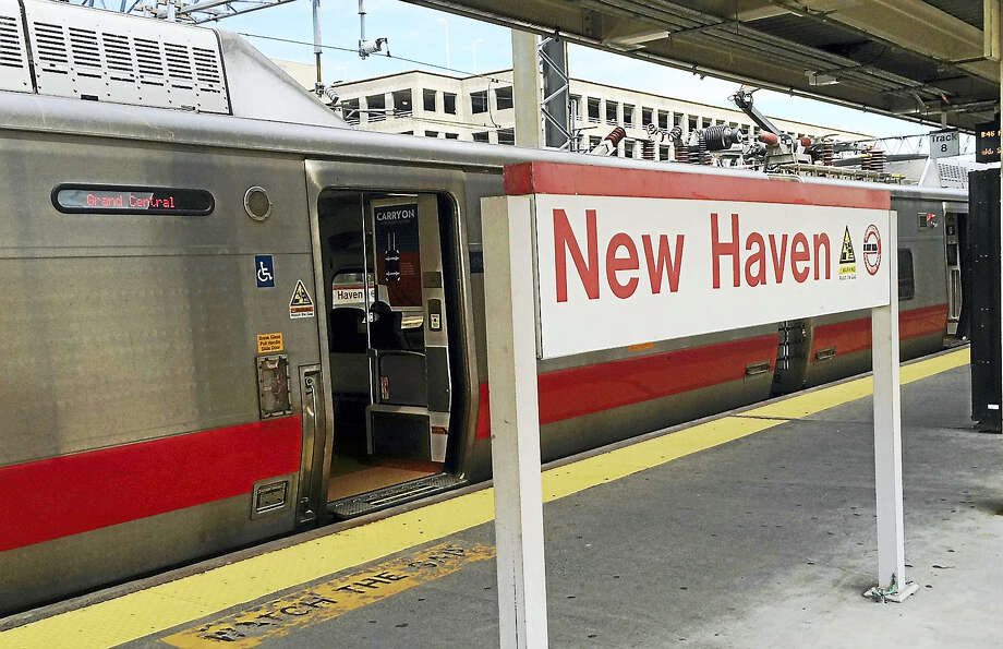 Metro-North's New Haven Line will be running on a Sunday schedule Monday for the Memorial Day Holiday. Photo: Wes Duplantier/New Haven Register File Photo