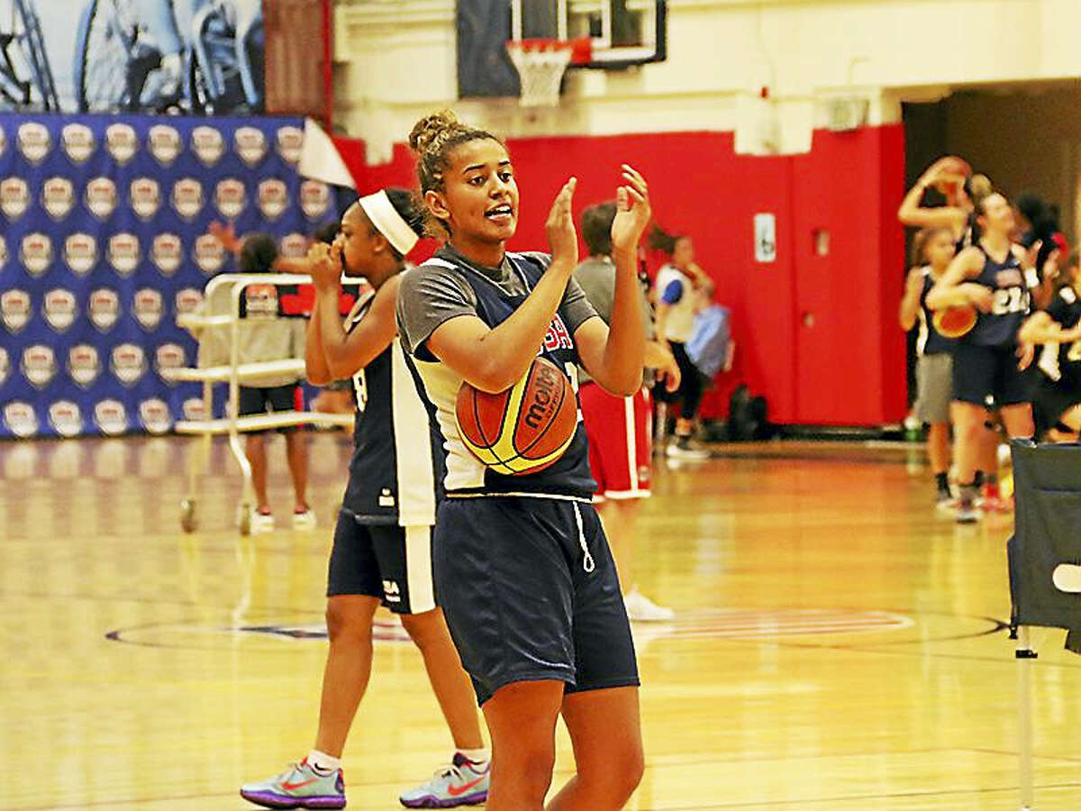 UConn commit Andra Espinoza-Hunter at Thursday's opening practice during U-17 team trials.