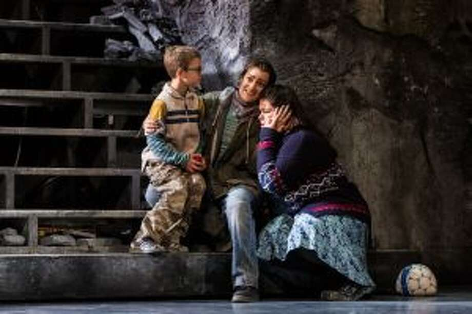 "Donizetti's ""The Siege of Calais,"" at Glimmerglass"