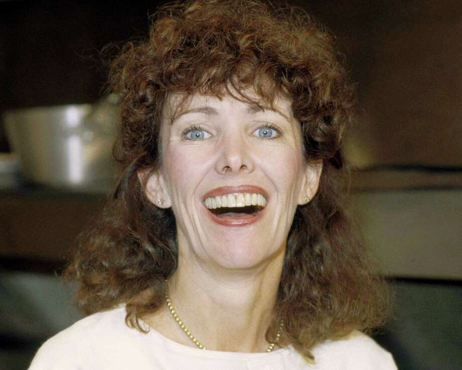 """This 1984 file photo shows actress Beth Howland. Howland, who was best known for her role as a ditzy waitress Vera Louise Gorman on the 1970s and '80s CBS sitcom """"Alice"""" died Dec. 31, 2016 in Santa Monica, Calif. She was 74. Photo: The Associated Press   / AP"""
