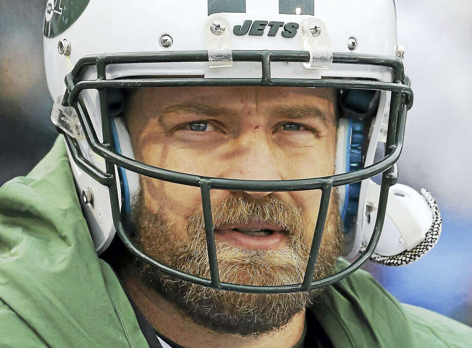 Quarterback Ryan Fitzpatrick says he wants to return to the Jets and has no plans to retire. Photo: The Associated Press File Photo   / FR170745 AP