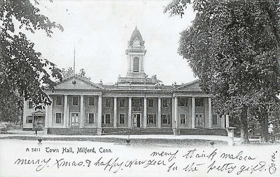 This is what Milford City Hall looked like before it was destroyed by fire in 1915. Photo: CONTRIBUTED PHOTO