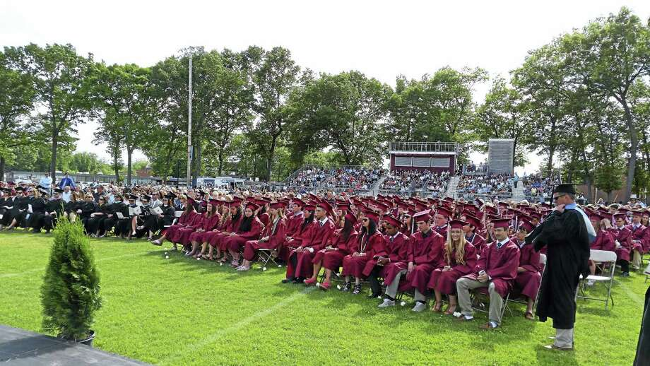 Members of the North Haven High School class of 2016. Photo: Kate Ramunni — New Haven Register